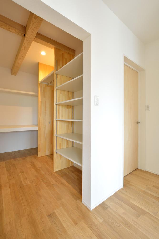 ネイビーの注文住宅 Simple Box14