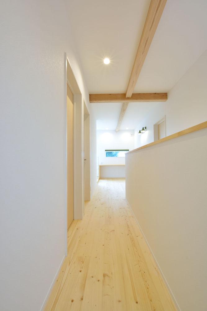 白と青の注文住宅 Simple Box+Box12