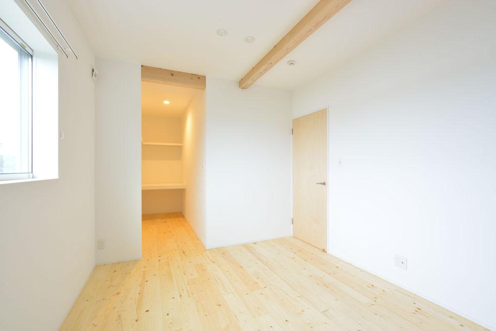白と青の注文住宅 Simple Box+Box16