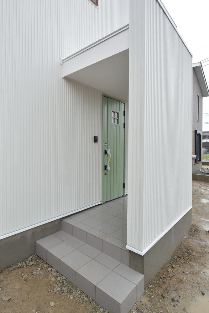 クラシックなカラーで統一した、注文住宅 Simple Box(シンプルボックス)02