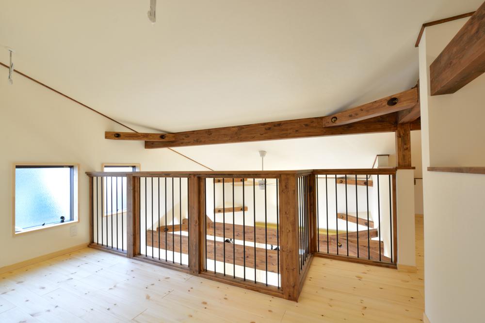 片流れ屋根のお家LOAFER(ローファー)11