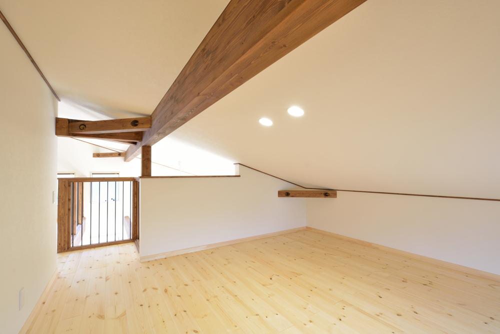 片流れ屋根のお家LOAFER(ローファー)13