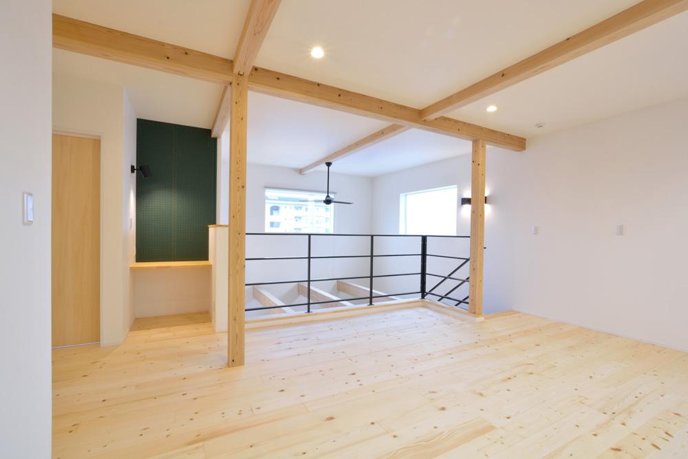 ホワイト+ブラウンの四角いお家、注文住宅Simple Box + Box(シンプルボックス+ボックス)12