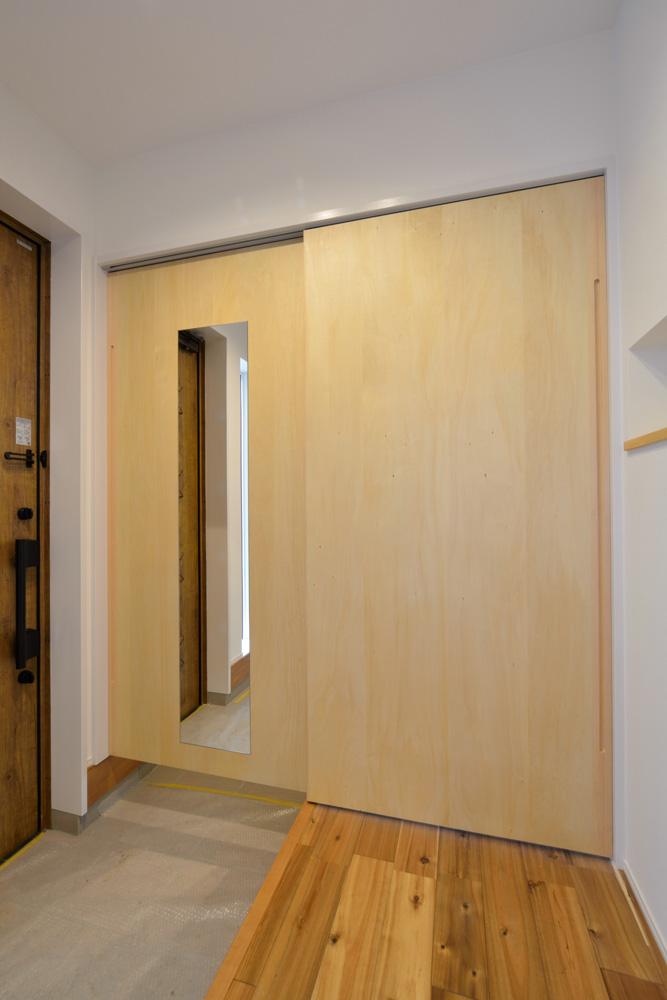 ホワイト+ブラウンの四角いお家、注文住宅Simple Box + Box(シンプルボックス+ボックス)17