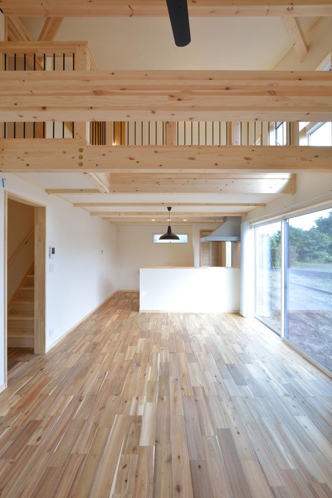 片流れ屋根とロフトのあるお家LOAFER(ローファー)05