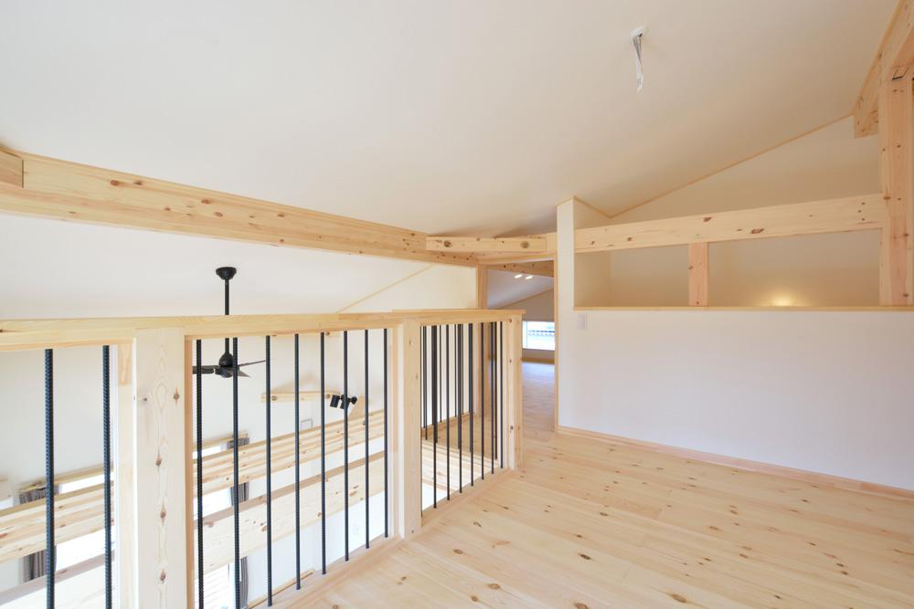片流れ屋根とロフトのあるお家LOAFER(ローファー)14