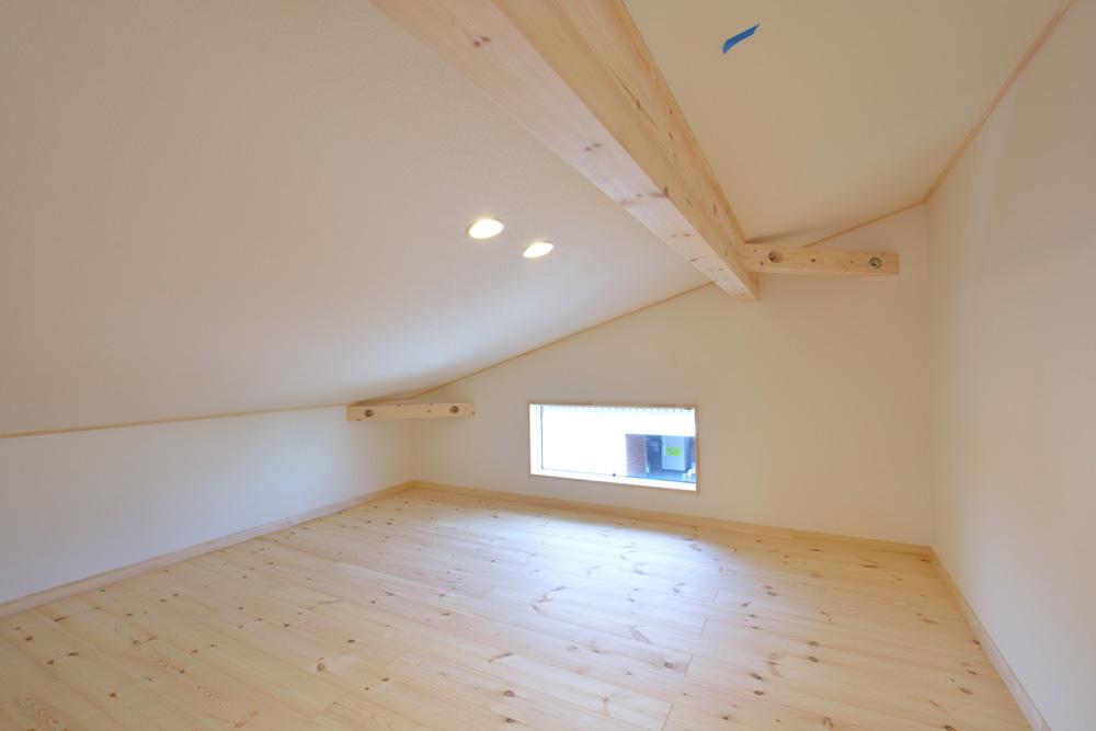 片流れ屋根とロフトのあるお家LOAFER(ローファー)15