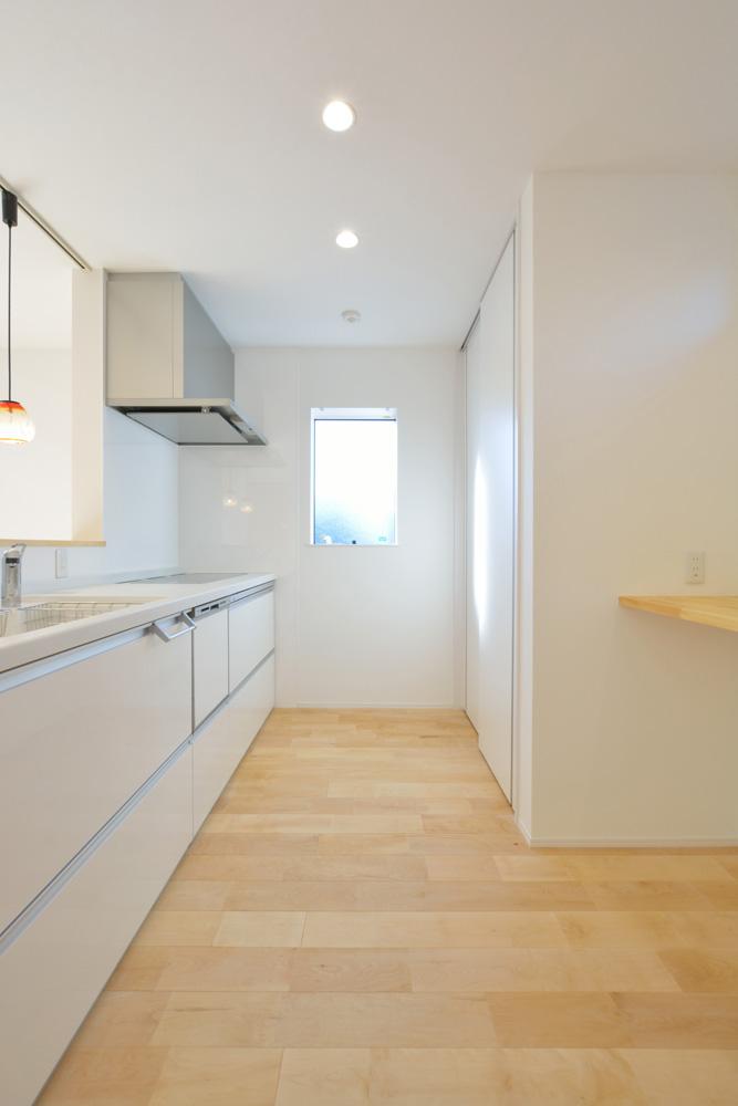 四角の白いお家、注文住宅Simple Box(シンプルボックス)05
