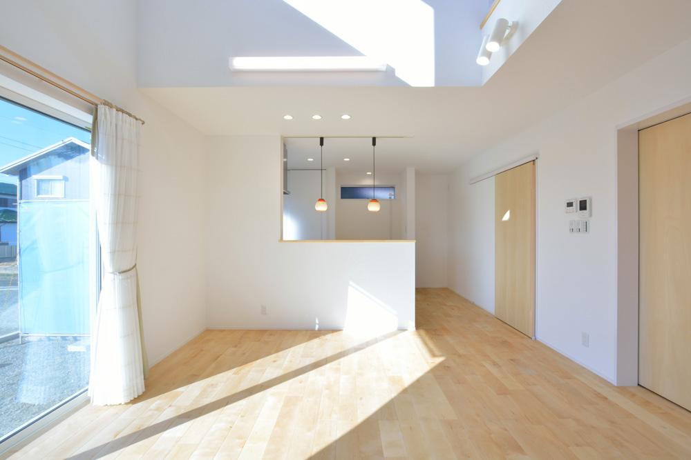 四角の白いお家、注文住宅Simple Box(シンプルボックス)04