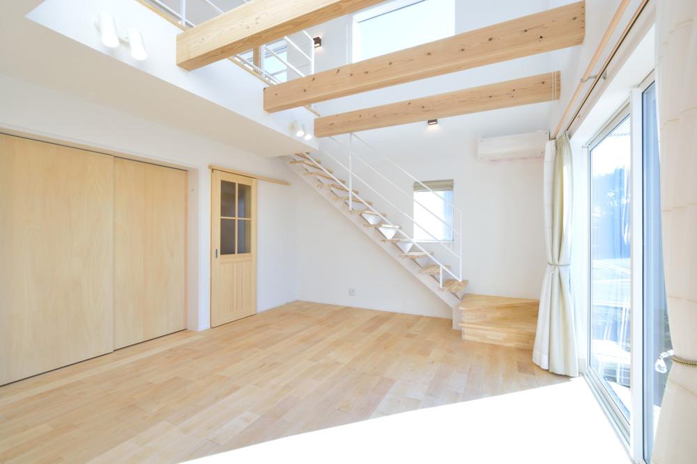 四角の白いお家、注文住宅Simple Box(シンプルボックス)02