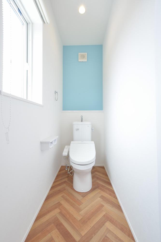 ヘリンボーン+吹き抜け、注文住宅Simple Box(シンプルボックス)15