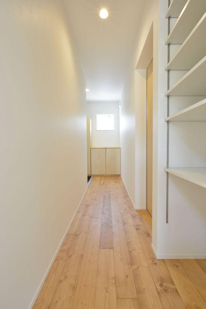 青いガルバの四角いお家、注文住宅Simple Box(シンプルボックス)15