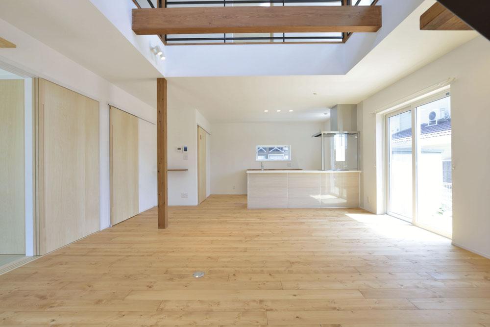 青いガルバの四角いお家、注文住宅Simple Box(シンプルボックス)04