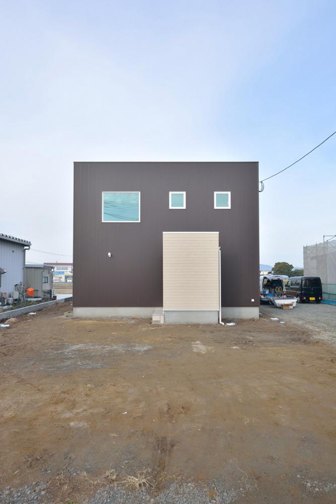 四角いシンプルなお家、注文住宅Simple Box(シンプルボックス)01