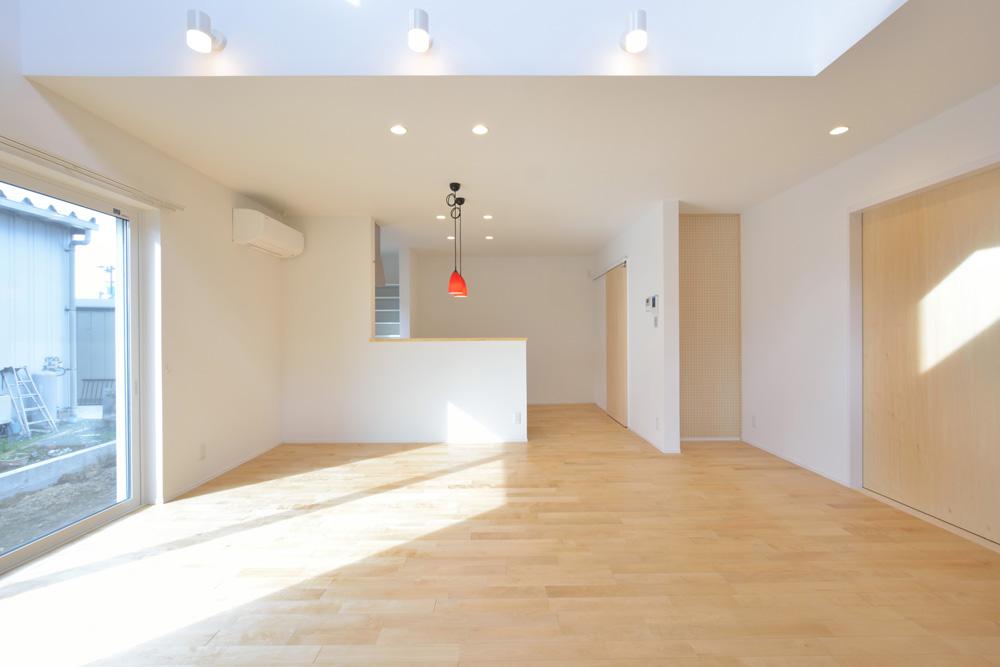 四角いシンプルなお家、注文住宅Simple Box(シンプルボックス)02