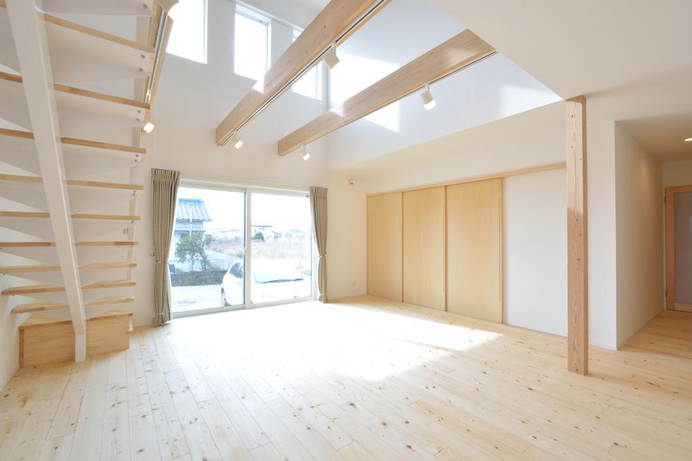 ネイビーと白のお家、注文住宅Simple Box+Box(シンプルボックス+ボックス)04