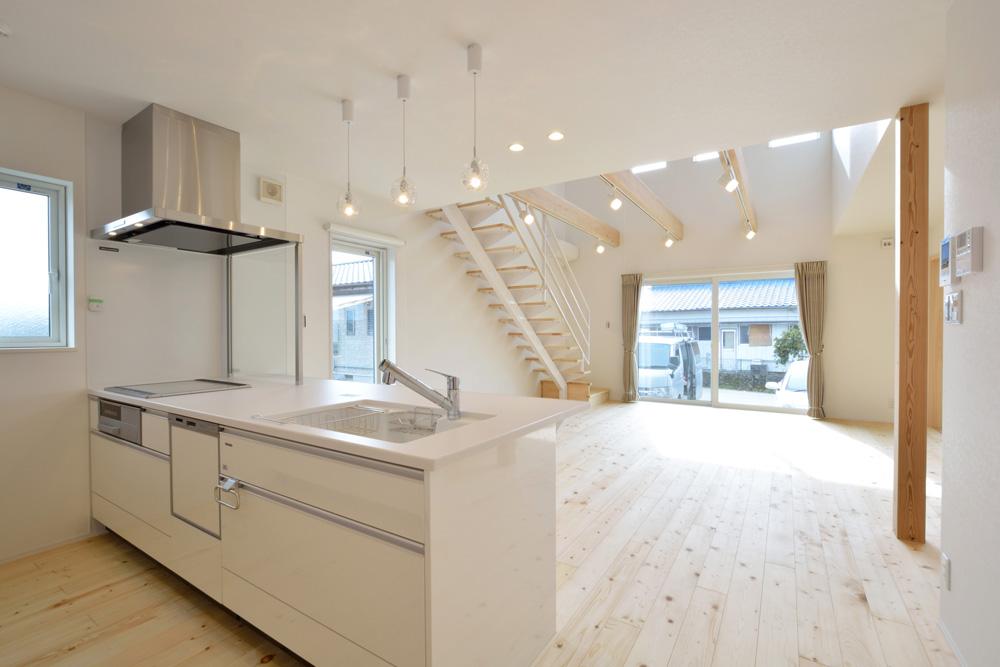 ネイビーと白のお家、注文住宅Simple Box+Box(シンプルボックス+ボックス)09