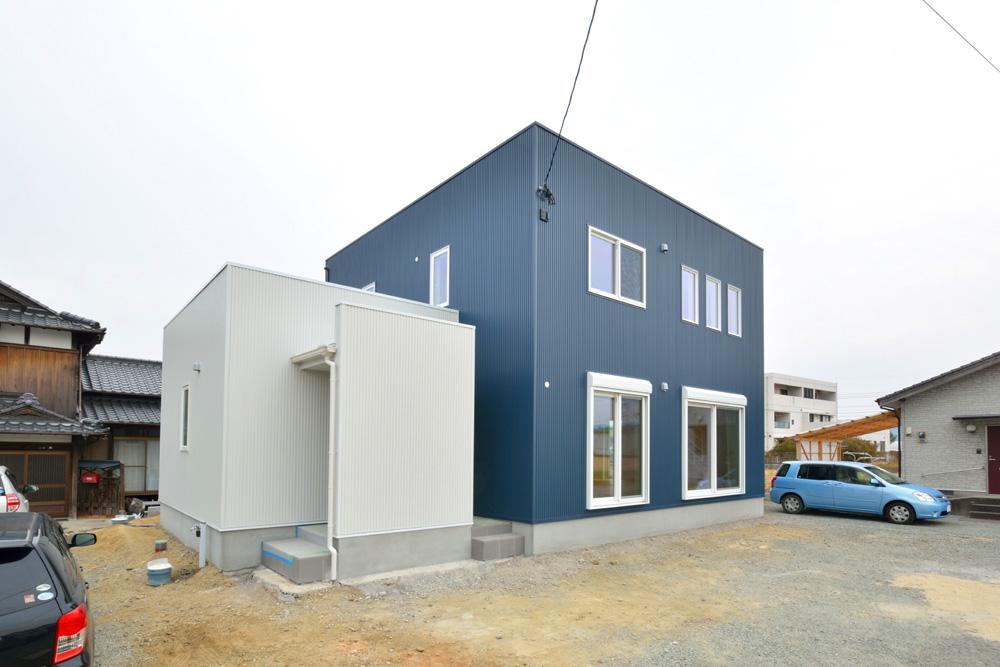 ネイビーと白のお家、注文住宅Simple Box+Box(シンプルボックス+ボックス)15