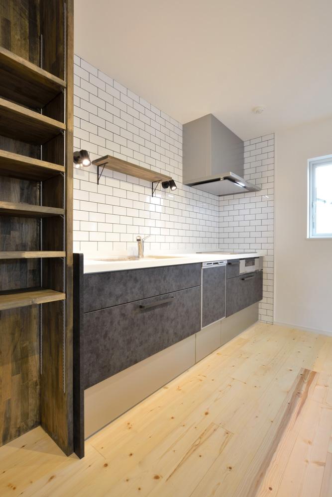 こだわりのキッチンスペースがある注文住宅Simple Box(シンプルボックス)05