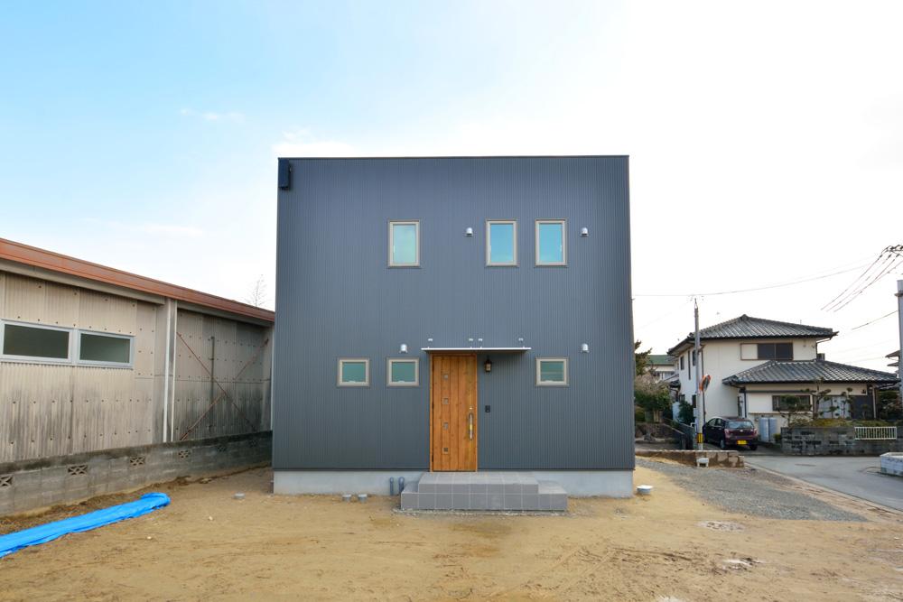 こだわりのキッチンスペースがある注文住宅Simple Box(シンプルボックス)01