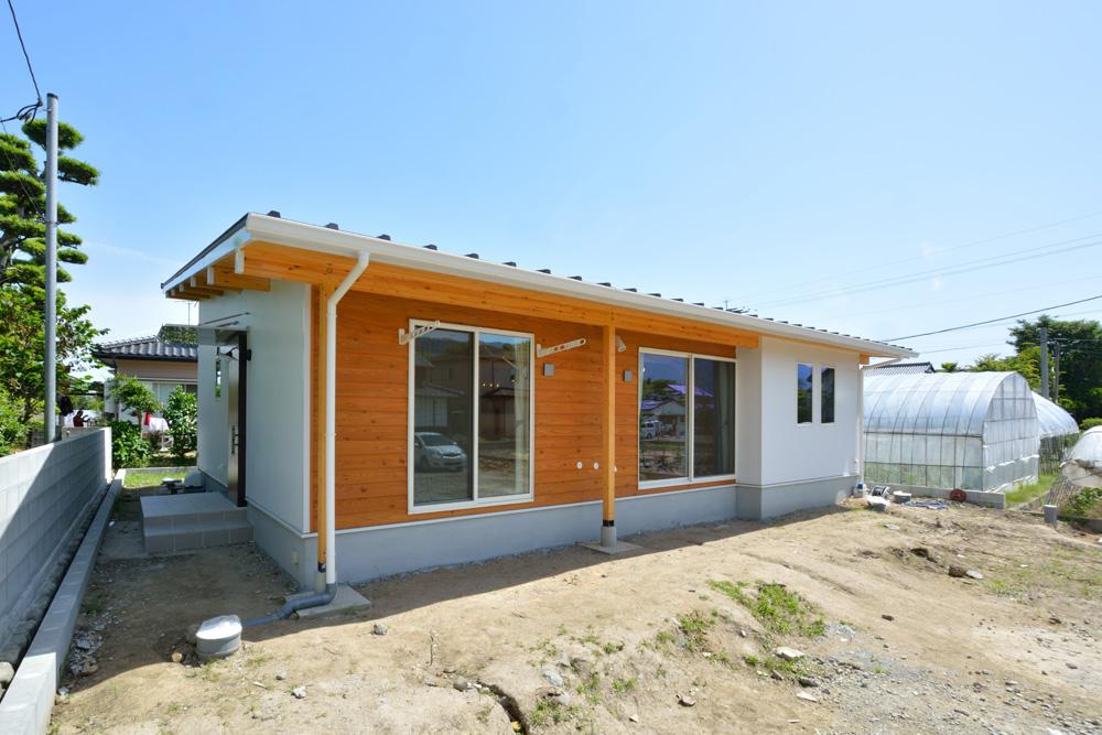青空が似合う平屋のお家、注文住宅COVACO(コバコ)02