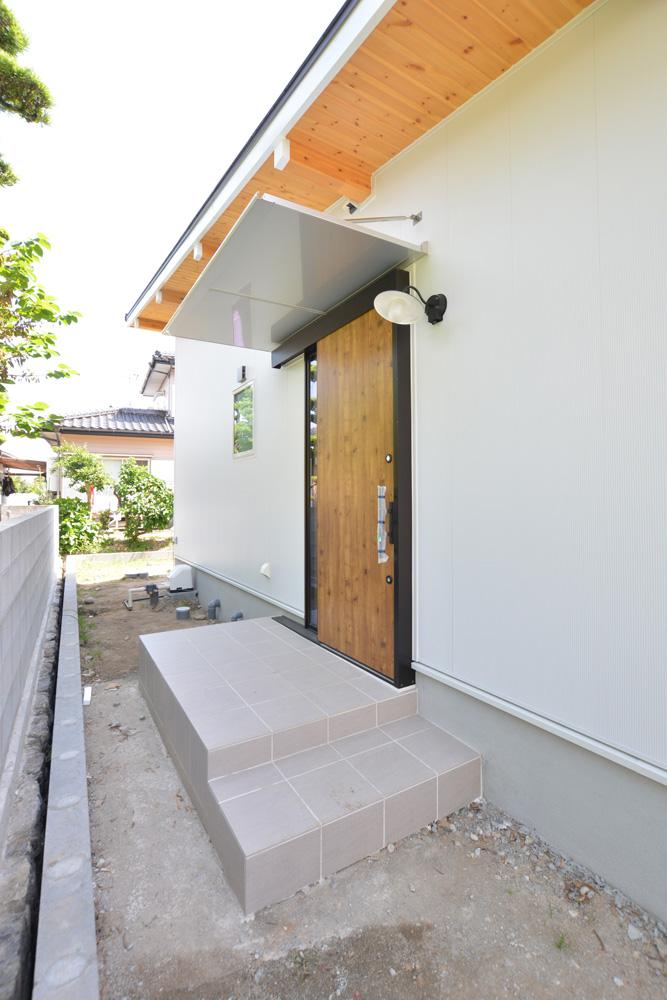 青空が似合う平屋のお家、注文住宅COVACO(コバコ)04