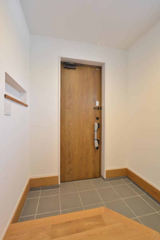 黒いガルバの四角いお家、注文住宅Simple Box+Box(シンプルボックス+ボックス)12