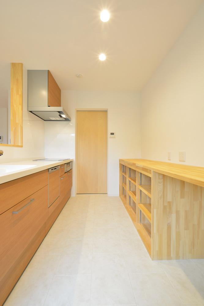 ネイビーの四角いお家、注文住宅Simple Box(シンプルボックス)05