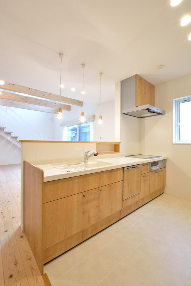 白いシンプルな四角いお家、注文住宅Simple Box+Box(シンプルボックス+ボックス)08