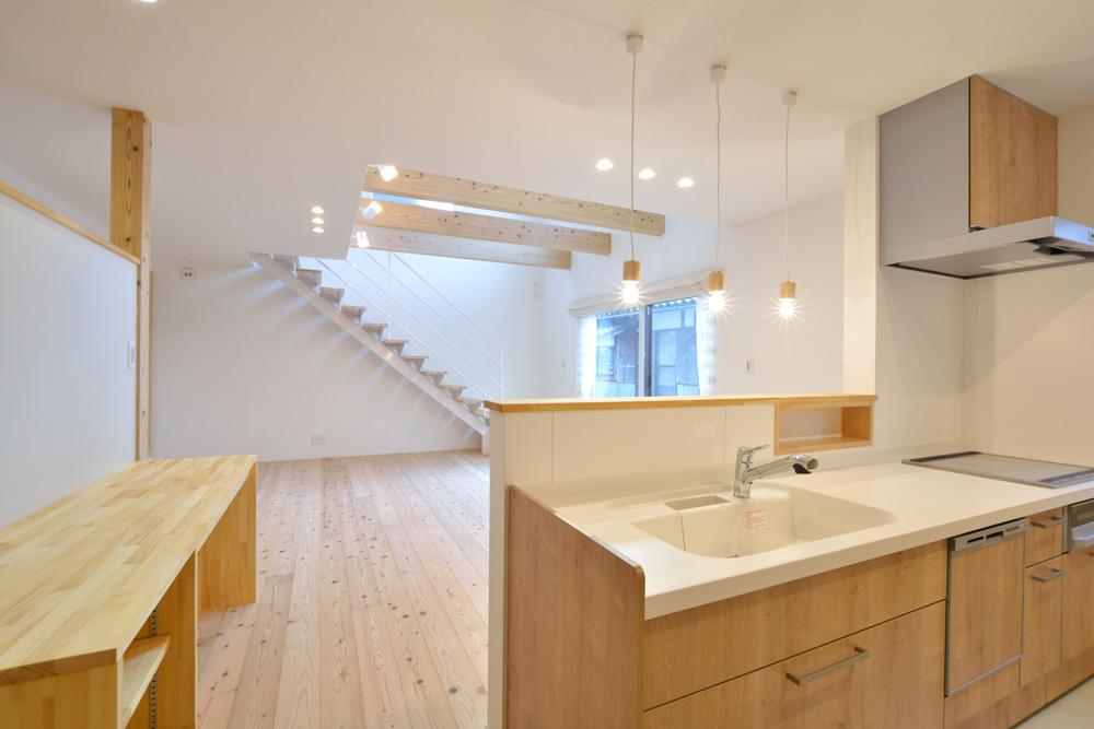 白いシンプルな四角いお家、注文住宅Simple Box+Box(シンプルボックス+ボックス)07
