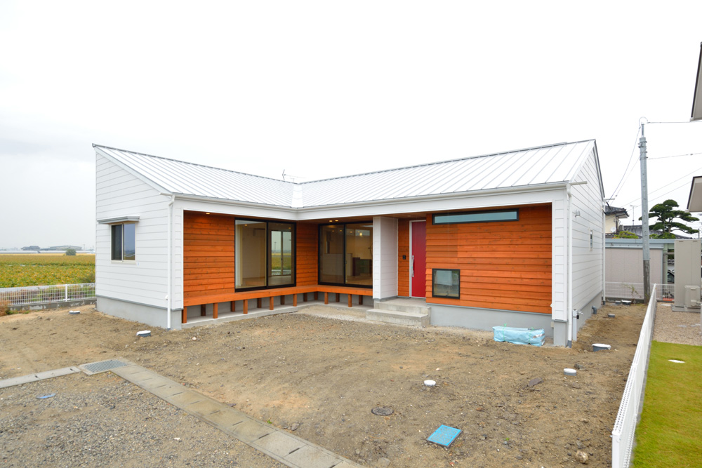 L型の平屋のお家、注文住宅HARMONY(ハーモニー)02