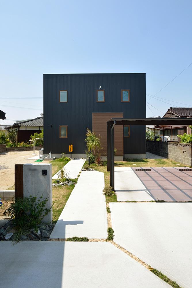 シンプルな四角いお家、注文住宅Simple Box(シンプルボックス)01