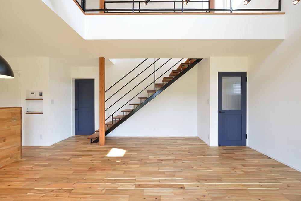 シンプルな四角いお家、注文住宅Simple Box+Box(シンプルボックス+ボックス08