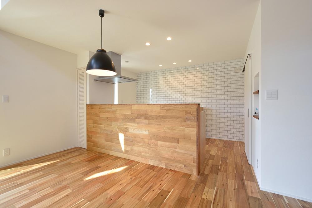 シンプルな四角いお家、注文住宅Simple Box+Box(シンプルボックス+ボックス04