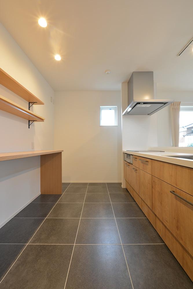 黒いシンプルな四角いお家、注文住宅Simple Box+Box(シンプルボックス+ボックス)09