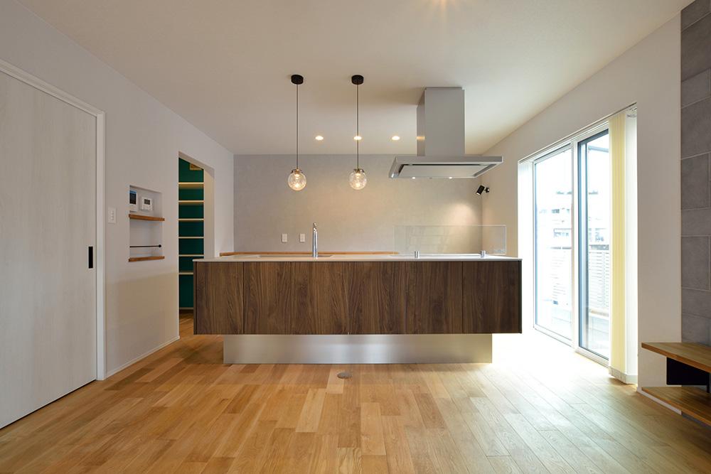 黒いシンプルな四角いお家、注文住宅Simple Box+Box(シンプルボックス+ボックス)07