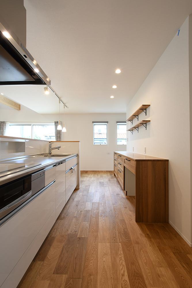 ガルバリウム+塗り壁の四角いお家、注文住宅Simple Box09