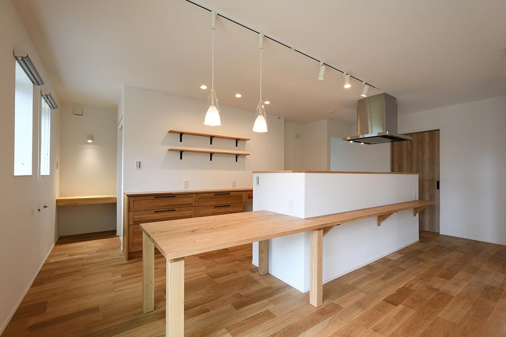 ガルバリウム+塗り壁の四角いお家、注文住宅Simple Box06