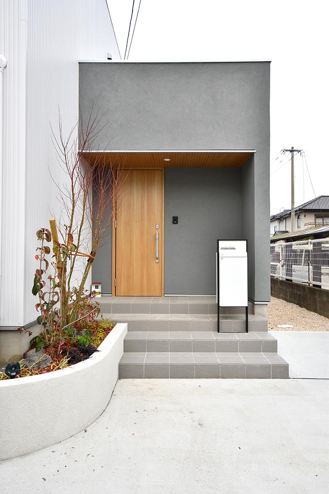 ガルバリウム+塗り壁の四角いお家、注文住宅Simple Box03