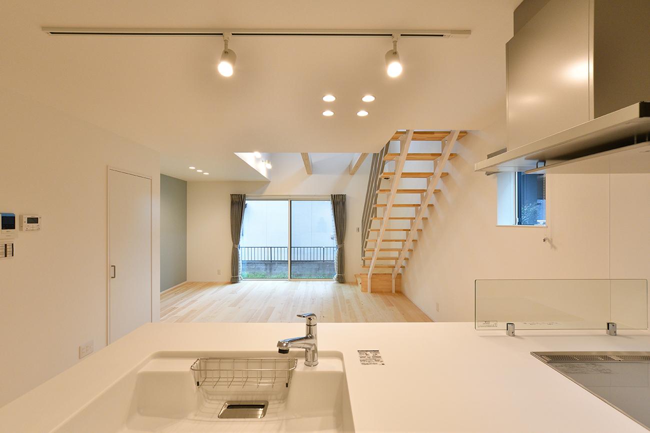 ダークグリーンのシンプルな四角いお家、注文住宅Simple Box07