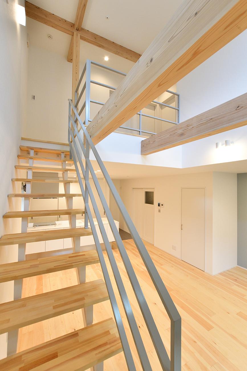 ダークグリーンのシンプルな四角いお家、注文住宅Simple Box04
