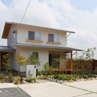 福岡県久留米市の注文住宅会社ホームラボ HARMONYの外観施工事例画像