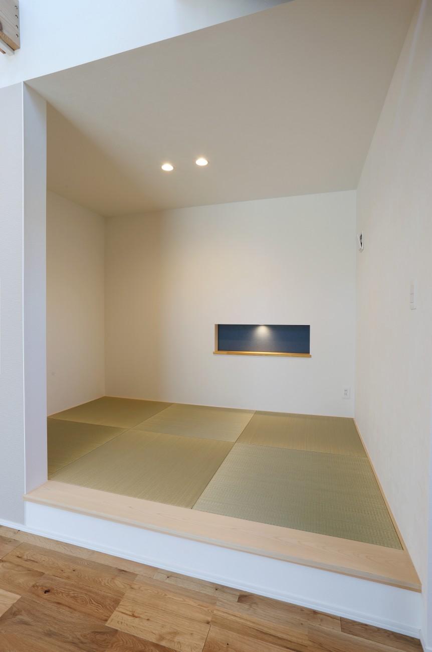 黒とオークのツートンがかっこいいお家、注文住宅Simple Box +Box(シンプルボックル+ボックス) 10