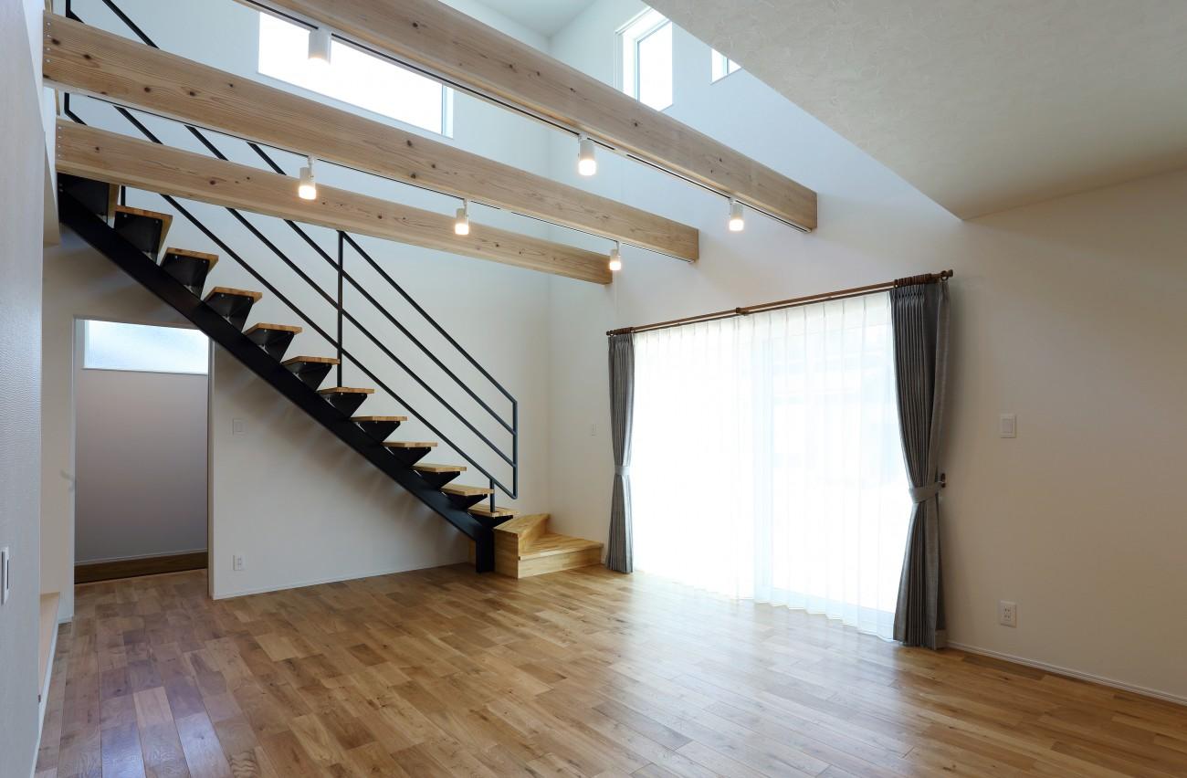 黒とオークのツートンがかっこいいお家、注文住宅Simple Box +Box(シンプルボックル+ボックス) 11