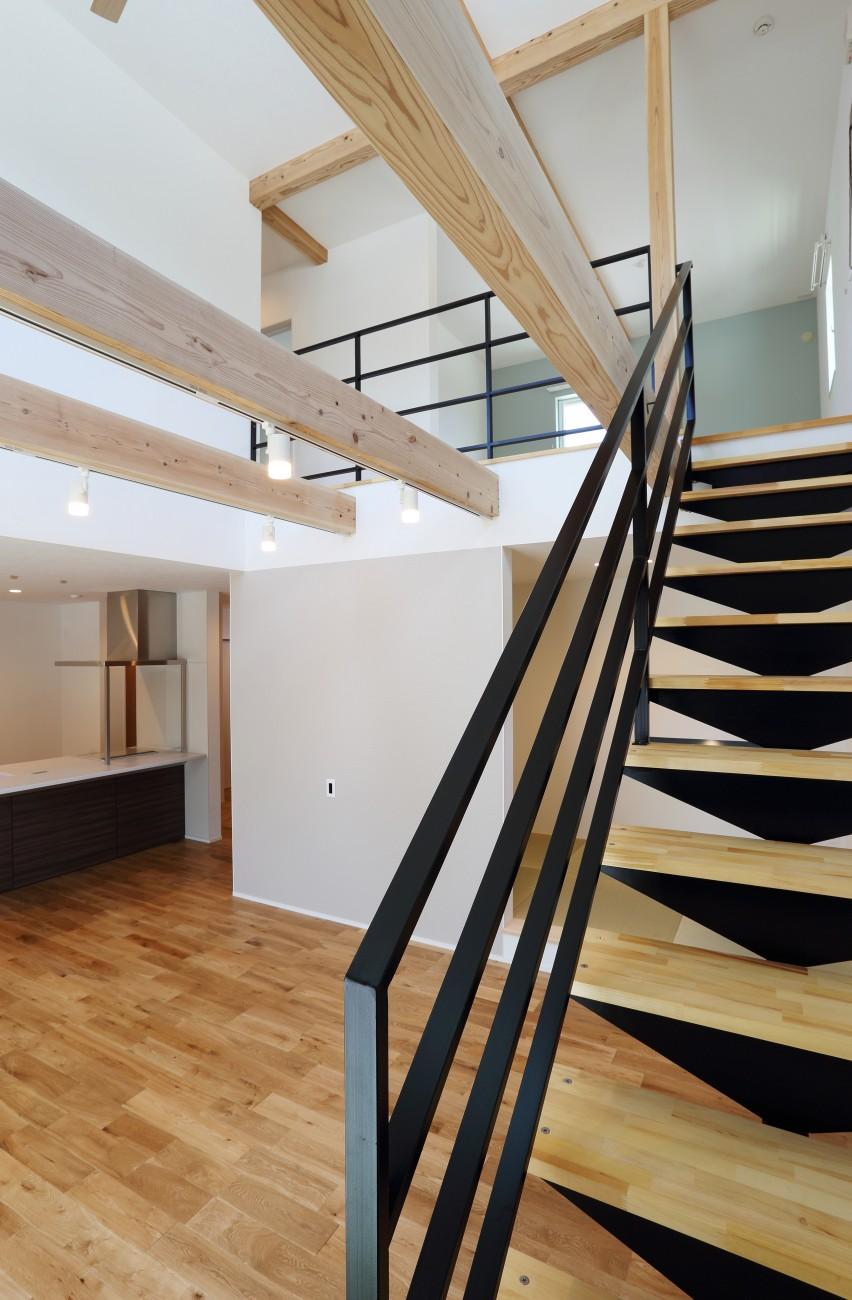 黒とオークのツートンがかっこいいお家、注文住宅Simple Box +Box(シンプルボックル+ボックス) 14