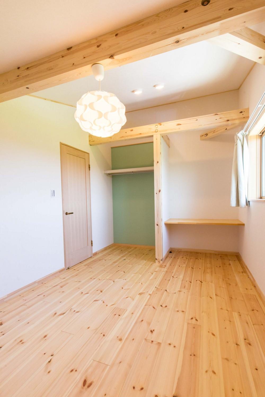 福岡県久留米市の注文住宅会社ホームラボの2階洋室施工事例
