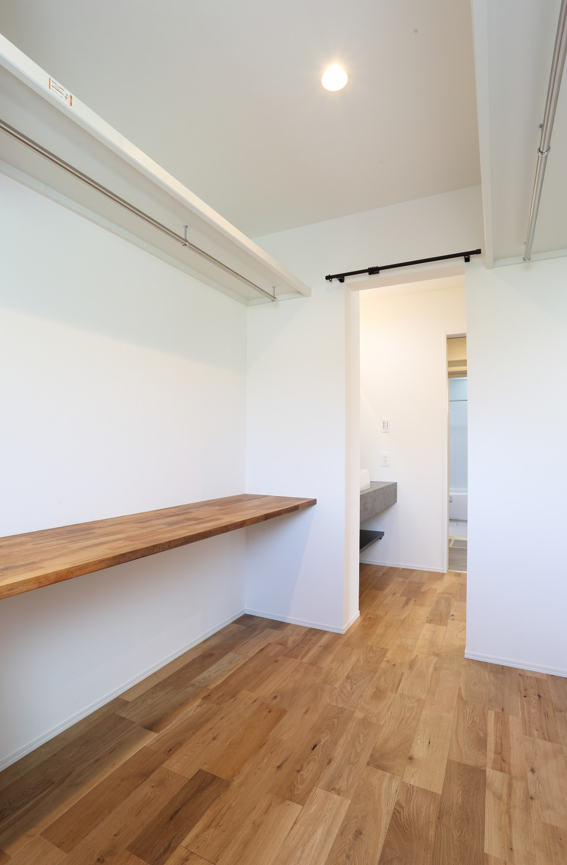 キッチン上部に吹き抜けがある注文住宅Simple Box10
