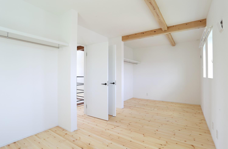 キッチン上部に吹き抜けがある注文住宅Simple Box12