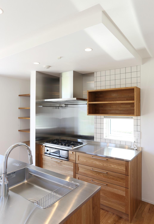家族の気配を感じられる家 注文住宅Simple Box02