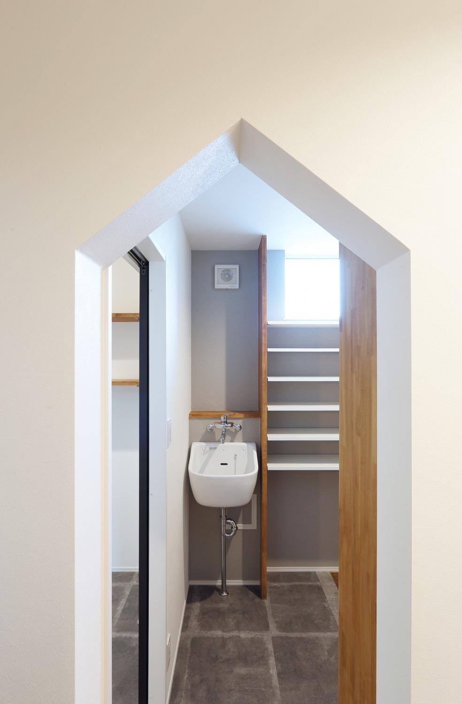ママが思い描いた理想の家。快適な間取りは家族への愛の家。SimpleBox+Box09